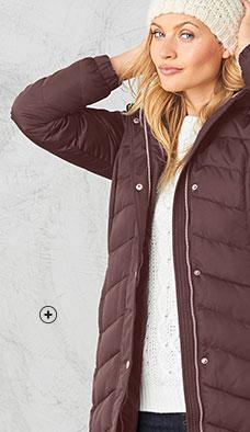 Gewatteerde jas met gevoerde kap lange versie