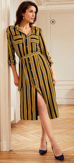Laat u verleiden door een lange jurk met verticale strepen