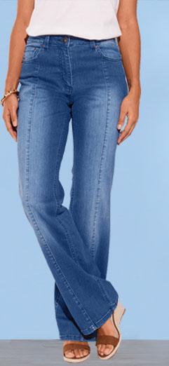 Flare jeans met uitlopende pijpen
