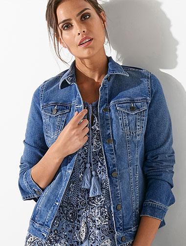 Veste en jean brodée pour femme