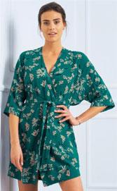 Korte groene kimonopeignoir voor dames met Japans getinte print in viscose, goedkoop - Blancheporte