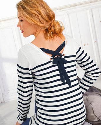 Blauw-wit gestreepte damestrui in marinestijl met rijgwerk op de rug en lange mouwen, goedkoop - Blancheporte