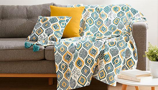 Plaid artisanal bleu et jaune à motifs ethniques avec franges en coton - pas cher - Blancheporte