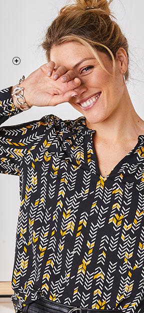 Blouse noire aux motifs chevrons stylisés en crêpe manches longues avec Col Tunisien pas cher - Blancheporte